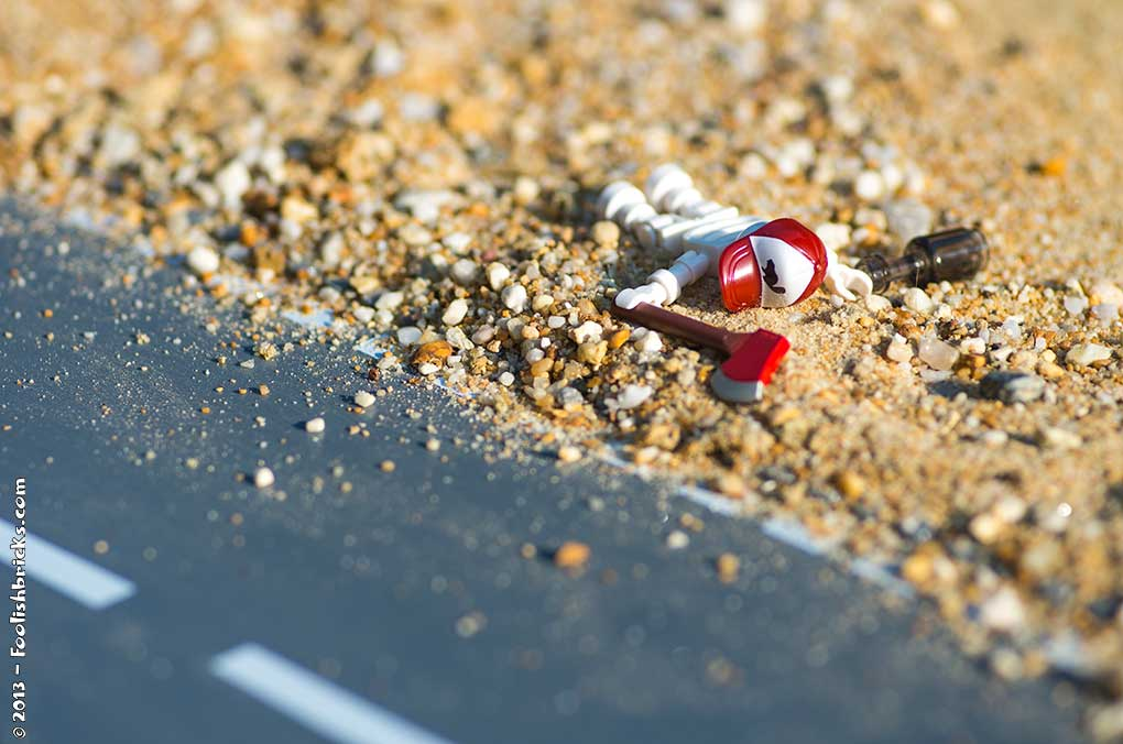 Lego photography - Lousy hitchhiker with an axe