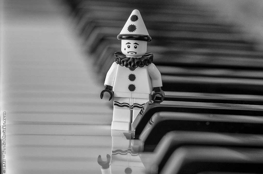 Then the music stopped, a sad lego clown on piano