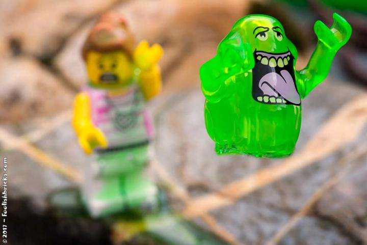 lego ghostbusters slimer slimed woman