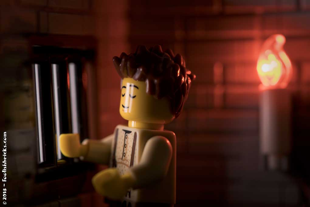 Rejected-lego-prisoner-candle