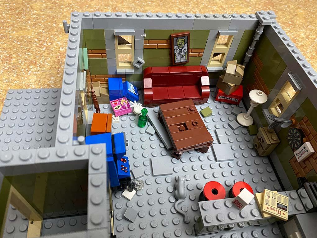 Lego-frankenstein-house-scene-moc-comic-2