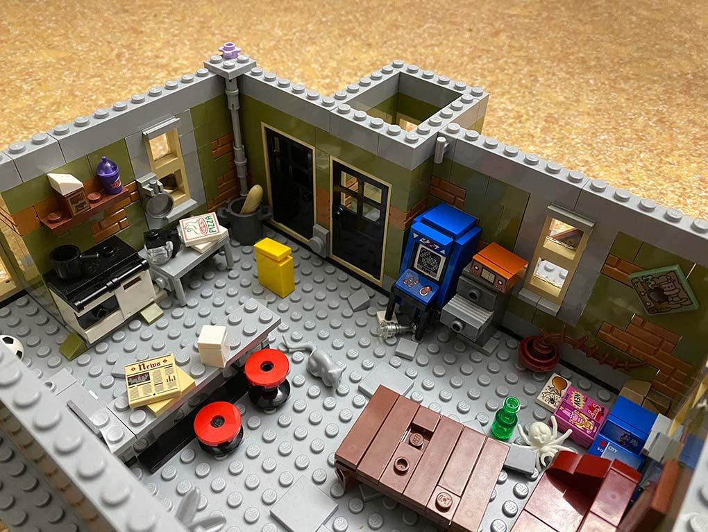 Lego-frankenstein-house-scene-moc-comic-4