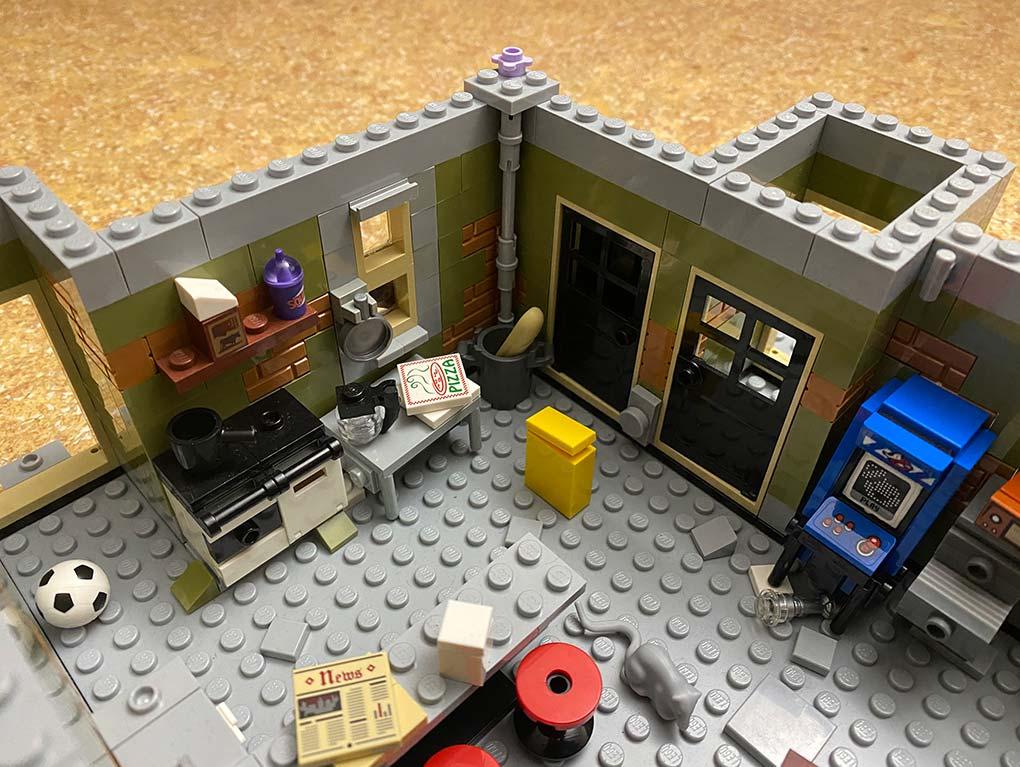 Lego-frankenstein-house-scene-moc-comic-5