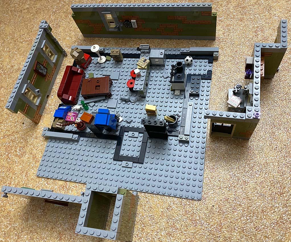 Lego-frankenstein-house-scene-moc-comic-8
